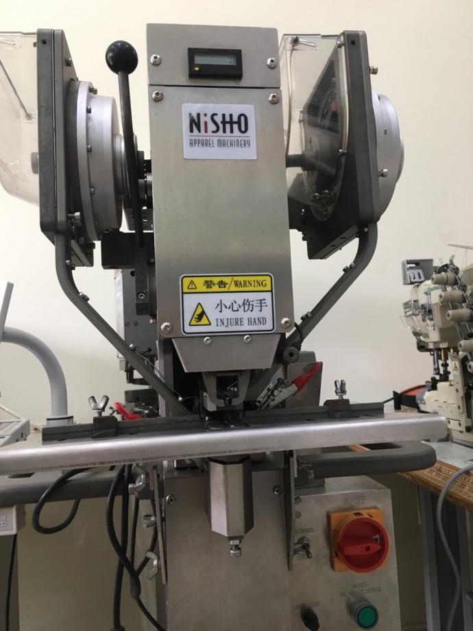 Máy dập cúc điện tử Nisho